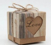 DIY-3021 5x5x5cm復古Love牛皮紙鏤空紙盒帶麻繩diy糖果飾品包裝盒2個裝